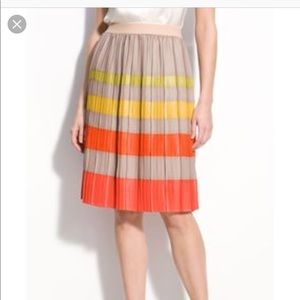 BCBG pleated color block skirt